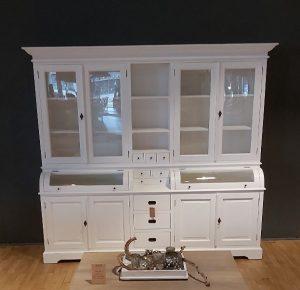 Merapi cabinet wit